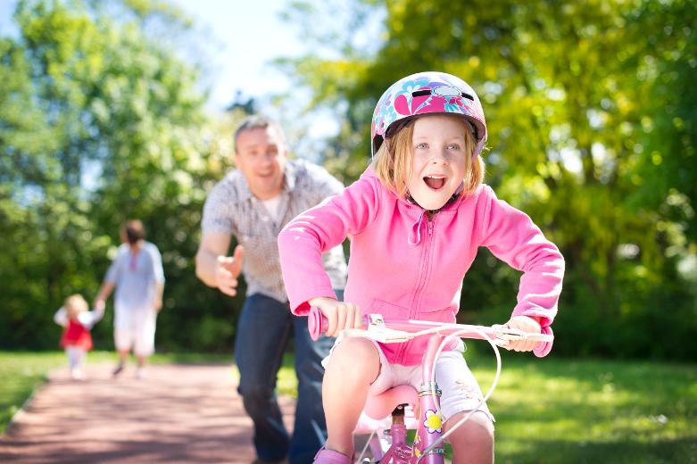 она пришла, как учиться кататься на велосипеде быть